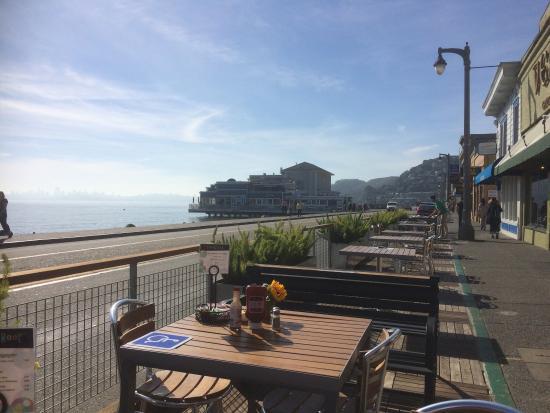 Bridgeway Cafe: photo1.jpg