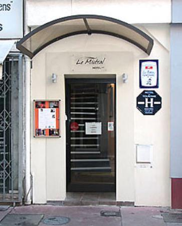 Hotel Le Mistral : Exterior