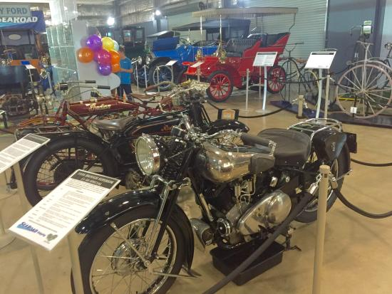 Wonders of Wynyard Exhibition Centre: Awesome motobikes & unicycles
