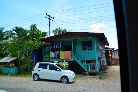 Smart Divers Resort: Road trip to Sempora