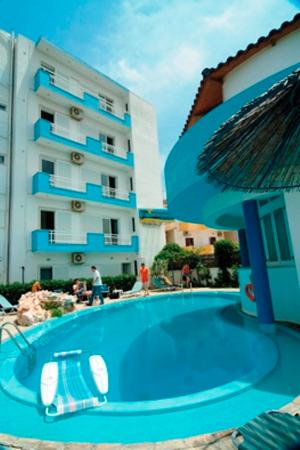 Amoudara Manos Studios Hotel