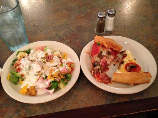Milton's Pizza & Pasta: salad and pizza