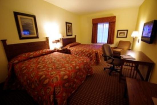 Mountain Inn & Suites Airport : MISPMis Deluxe Double Queen Room