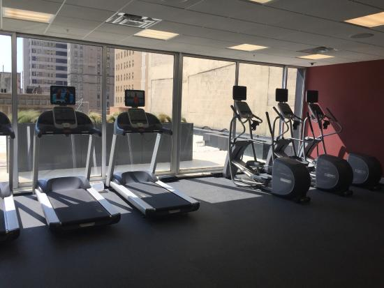 Hilton Garden Inn Downtown Dallas: Gym
