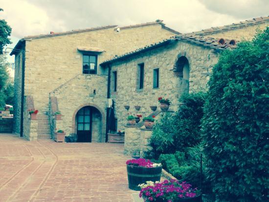 Vini Castelvecchi in Chianti: Il Bogo Di Vescine in Tuscany near Radda