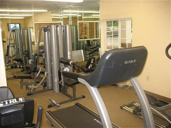 Candlewood Suites Hot Springs: Fitness Center