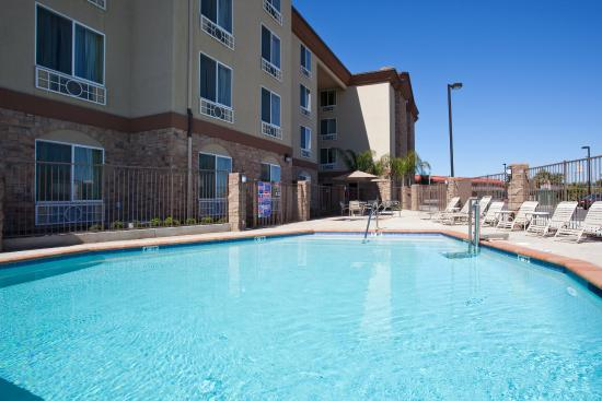 Holiday Inn Express Hotel & Suites Fresno South: Swimming Pool