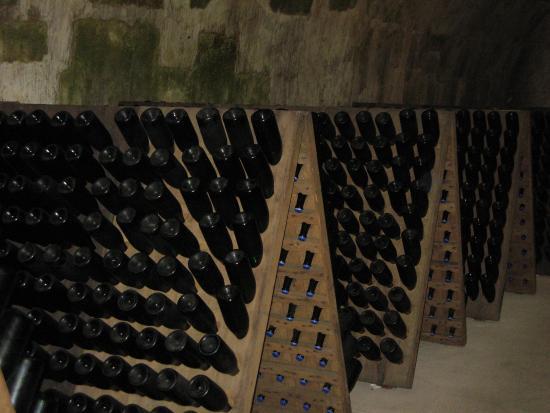 Champagne GH Martel & Co : racks of bottles