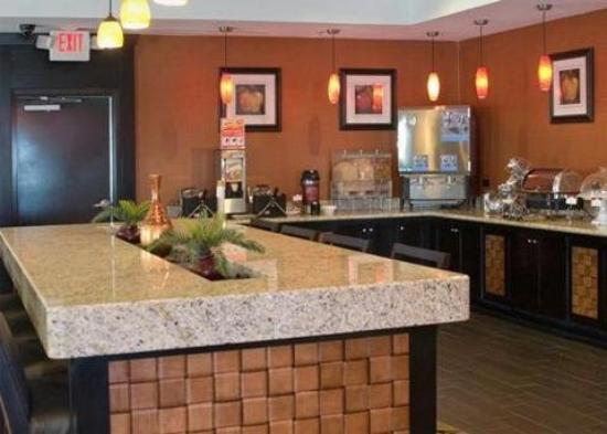 Comfort Suites Buda – Austin South Hotel: Restaurant