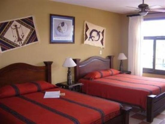 Hotel Casa Alegre / Posada Nena: Guest Room