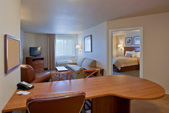 Candlewood Suites Lakewood: One Bedroom Suite Kitchen Extended Stay