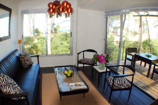 CDL: Loft - Living Room