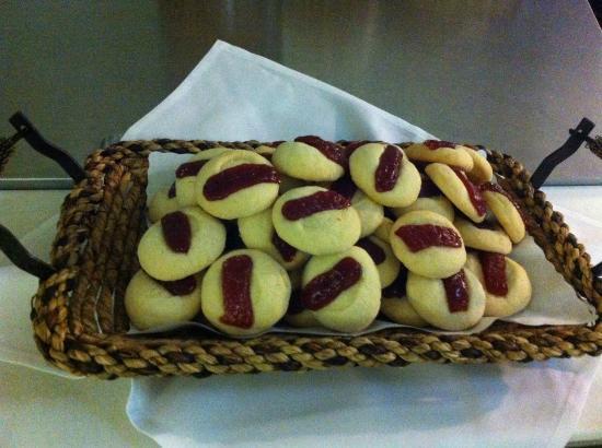 Ukiah, CA: Cookies Brazilian Style