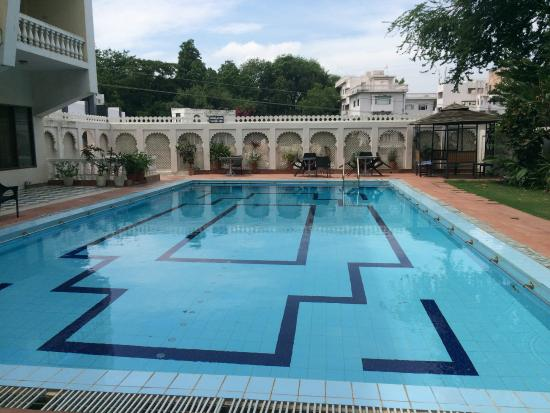 Rooftop picture of hotel hilltop palace udaipur - Explorer hotel paris swimming pool ...
