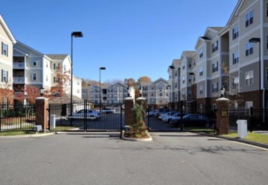 Oakwood at Meridian Parkside : Exterior