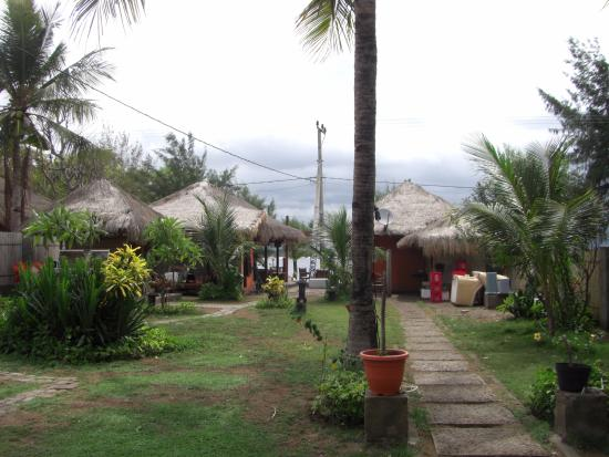 Sama-Sama Bungalows: Views from the terrace of my bungalow