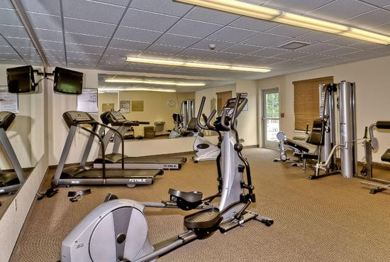 Candlewood Suites Burlington: 24-hour spacious Fitness Center