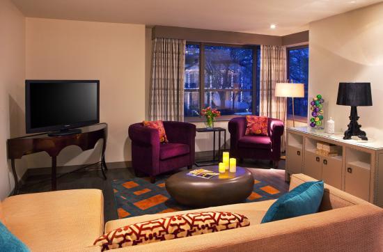 Mardi gras suite picture of hotel indigo new orleans garden district new orleans tripadvisor for Hotel indigo new orleans garden district