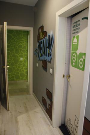 Feel Hostels Soho Malaga: Corridor