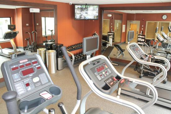 Holiday Inn Express Hotel & Suites Paducah West: Fitness Center with Cardio plus Dumbbells