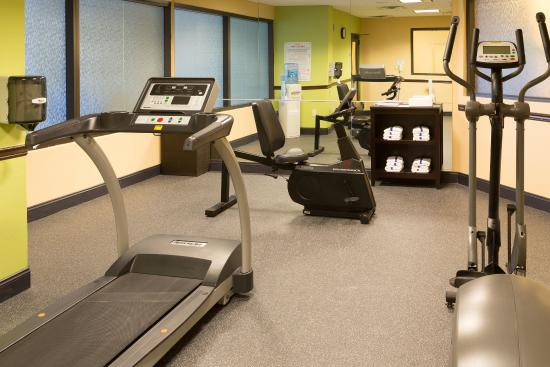 Holiday Inn Express & Suites Jacksonville Airport: Fitness Center