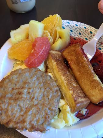 Hampton Inn Concord/Bow: Great Breakfast