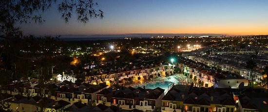 Bungalows Vistaflor: Hotel Vistaflor Bungalows Night
