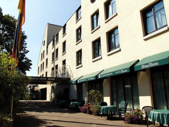 Photo of Gunnewig Hotel Bristol Mainz
