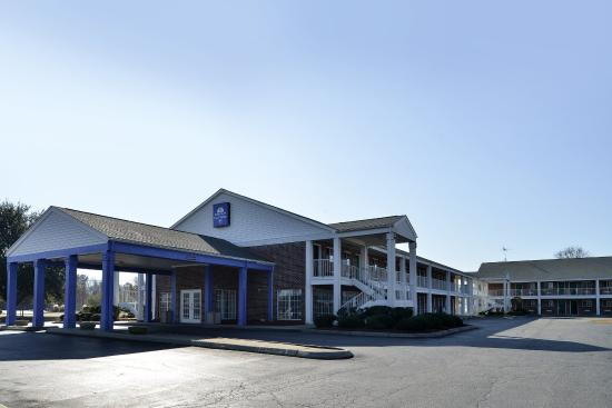 Americas Best Value Inn- Edenton: Exterior