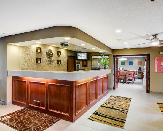 Comfort Inn: OHFront Desk