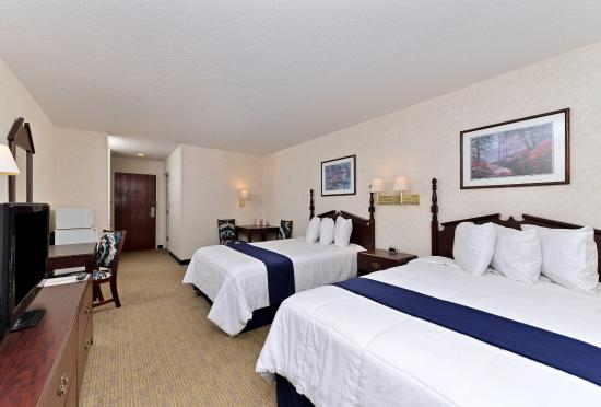 Hazlehurst, Τζόρτζια: Two Double Bed Guest Room