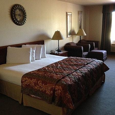 Magnuson Hotel Wildwood Inn : room
