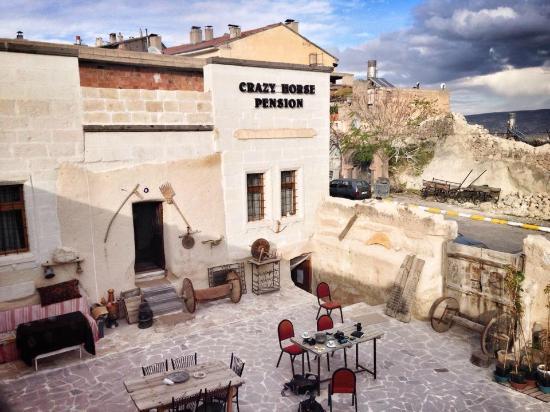 Crazy Horse Pension: giriş kolidor
