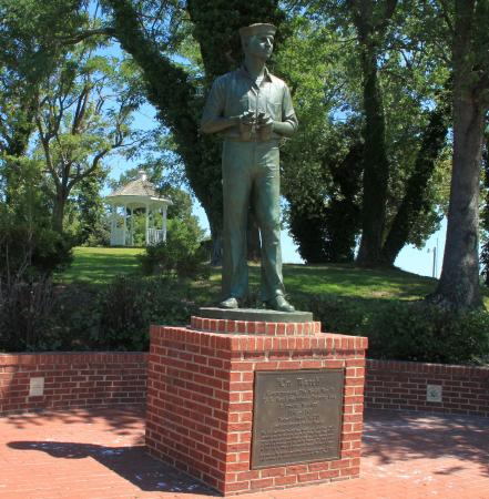 """On Watch"" Monument"