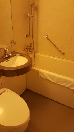 Hotel Il Cuore Namba : standard japanese small bathroom