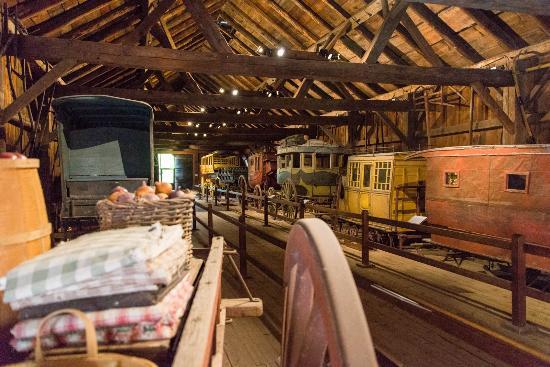Shelburne Museum, Horseshoe Barn Carriages.