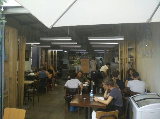 M25 Restaurant