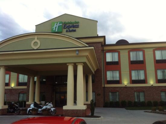 Holiday Inn Express Hotel & Suites Salem: photo0.jpg