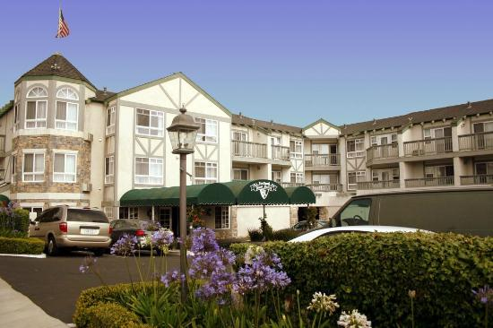hotel exterior view picture of ascot inn at the rock morro bay rh tripadvisor com