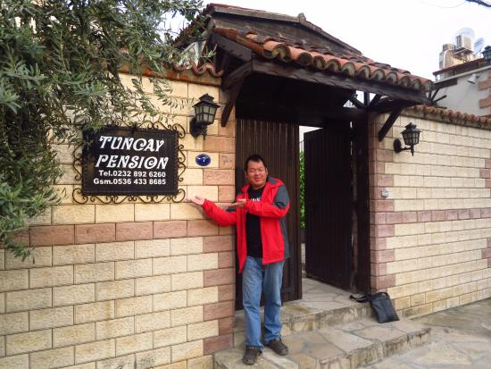Tuncay Pension