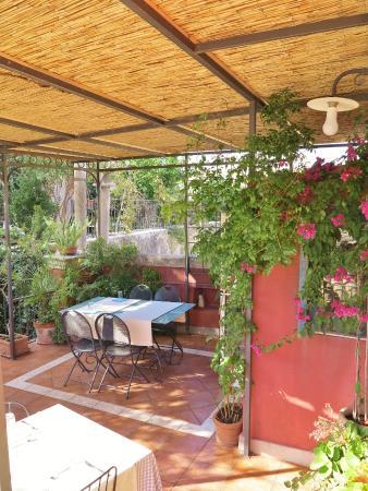 terrazzo - Picture of B&B L\'Orto sul Tetto, Ragusa - TripAdvisor