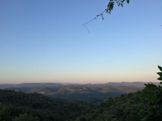 Agriturismo Piaggione di Serravalle: View