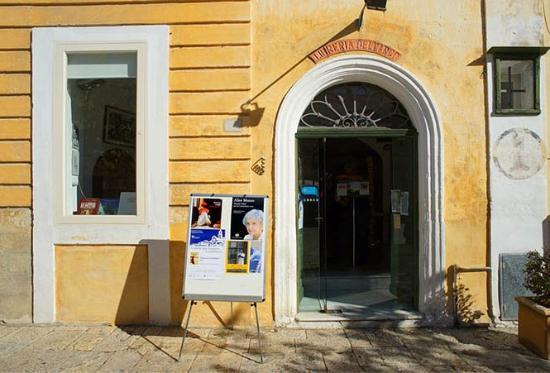 Libreria dell'Arco