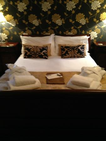The Castle House: The Wensley Suite