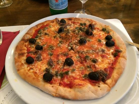 pizza at le jardin picture of le jardin gland tripadvisor