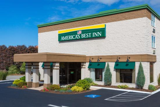America's Best Inns & Suites: America's Best Inn Portsmouth
