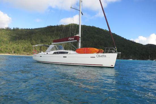 Olivetta SV - Picture of Cumberland Charter Yachts, Airlie
