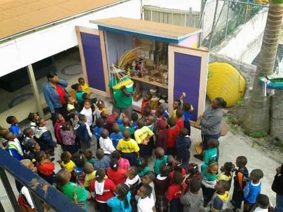 School children on tour @ Junkanoo World Museum & Arts Centre