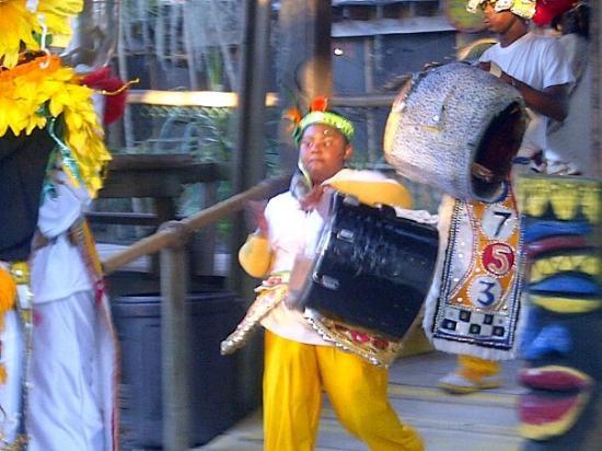 Barabbas & the Tribe (Junkanoo World Museum & Arts Centre) performance @ The Crab Shack, Tybee I
