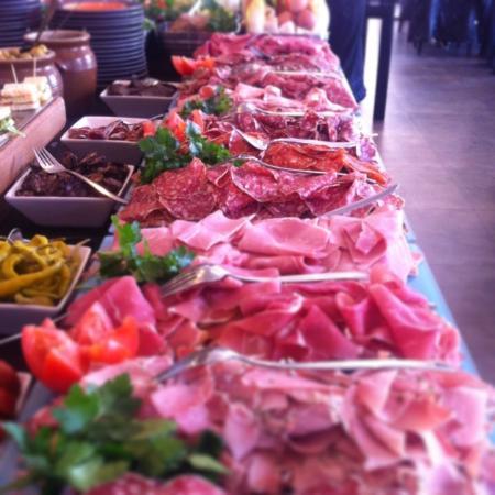 Buffet de charcuterie picture of les buffets du vieux port marseille tripadvisor - Club house vieux port marseille ...